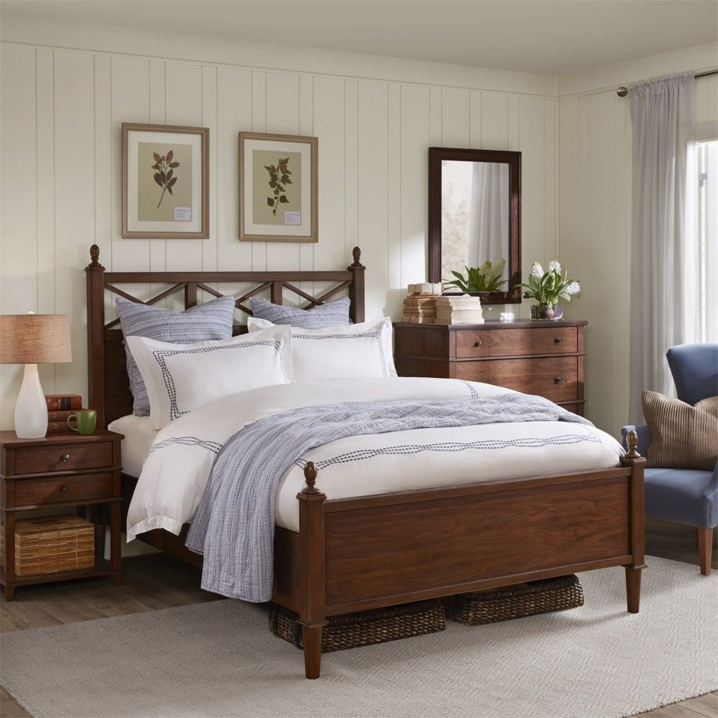 Burke Queen Queen Bed Harbor House Hh115 0128 Canopy Bed Frame