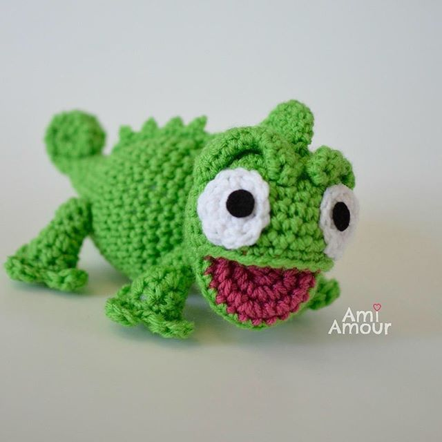 A sweet chameleon, it\'s Pascal from Tangled!   Crafts   Pinterest ...