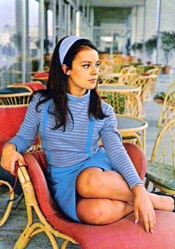 Hülya Koçyiğit//Hülya Koçyiğit, née le 12 décembre 1947 à Kuzguncuk, à Istanbul, est une actrice de cinéma turque. Wikipédia