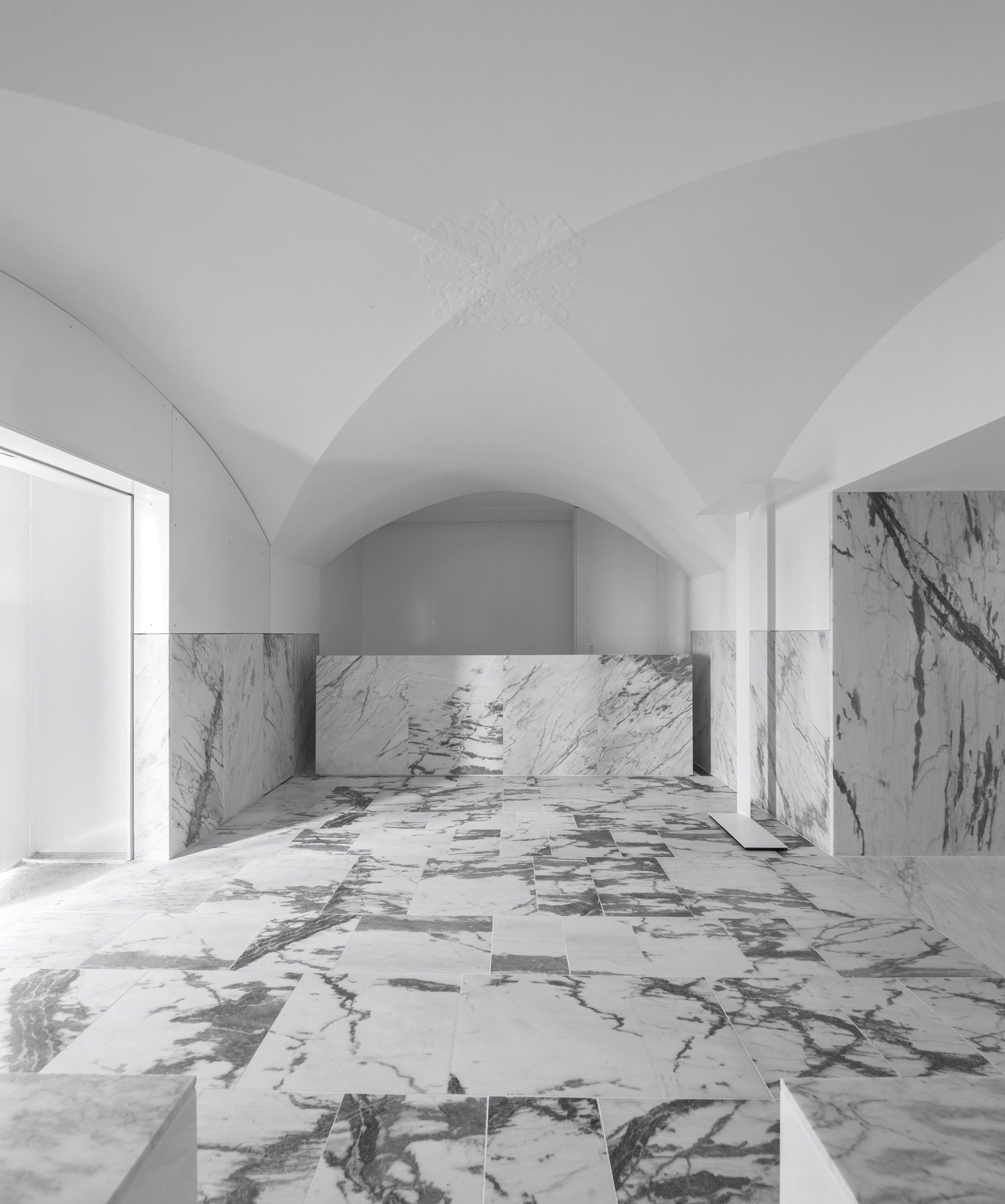 Built by CVDB arquitectos in Arraiolos, Portugal with surface 1200.0. Images by FG+SG - architectural photography. The Tapestry Museum in Arraiolos occupies an existent building that once was Espírito Santo  Hospital. The building i...