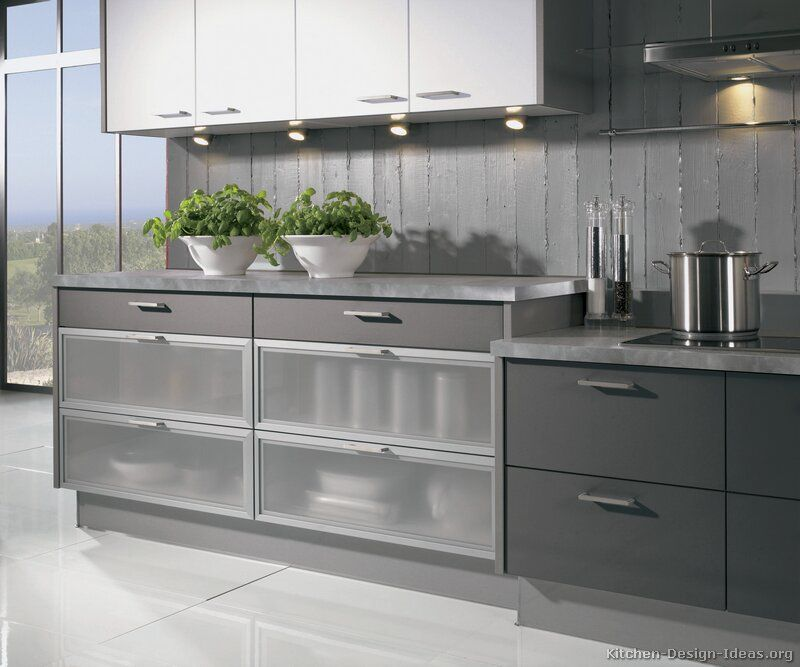 Modern Glass Front Kitchen Cabinets Modern Kitchen White Cabinets Kitchen Glass Cabinets G White Modern Kitchen Glass Fronted Kitchen Cabinets Kitchen Cabinets