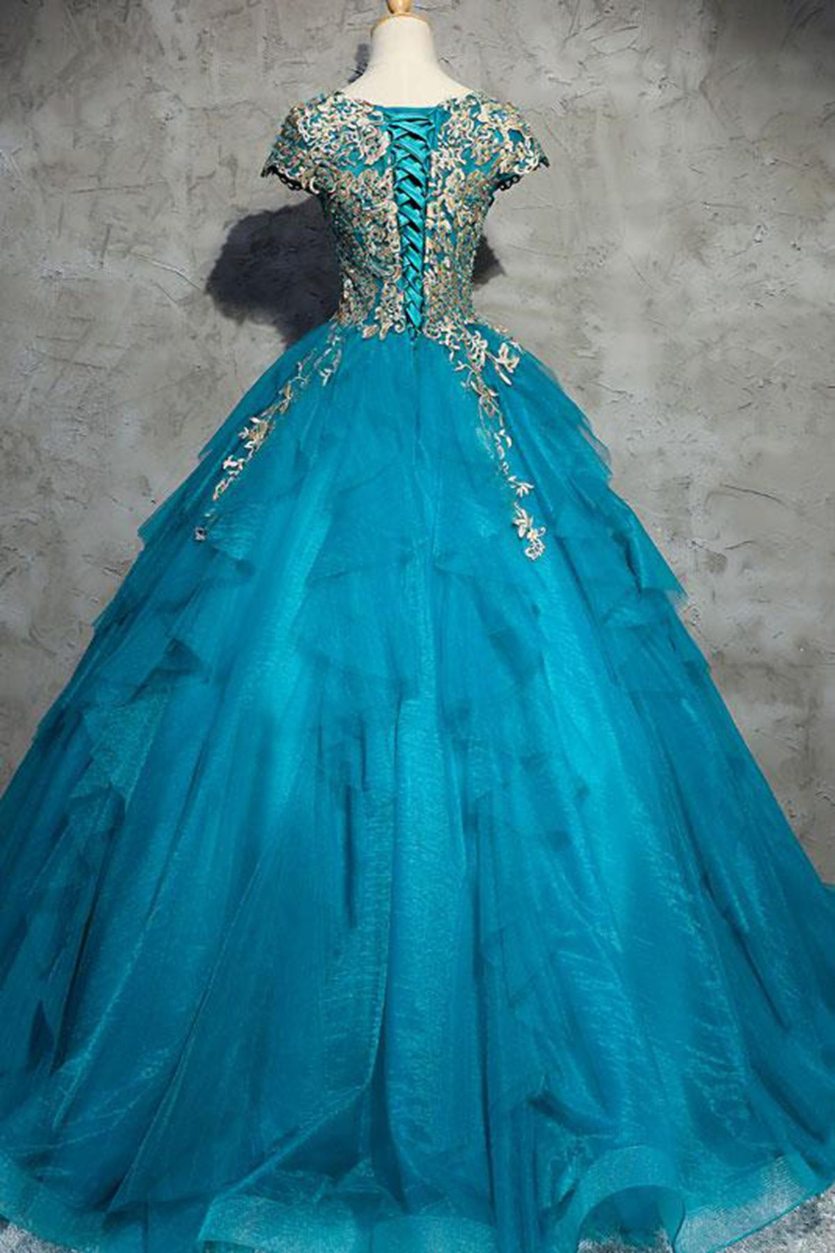 Unique blue tulle lace top round neck winter formal prom dresses