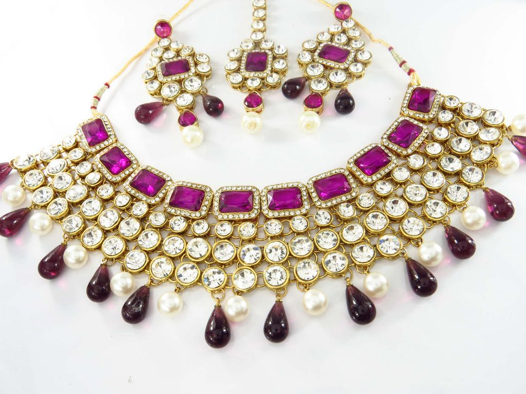 Shop costume jewelry and accessories wholesale for the latest