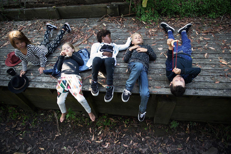 Основные ингредиенты бренда Munsterkids это – музыка, искусство и уличная культура. Первую коллекцию от Рича и Саманты Браун мир увидел в 2005 году, дебютная коллекция представляла одежду, только для мальчиков. С 2009 года дизайнеры добавили коллекцию одежды для девочек. В коллекции осень – зима