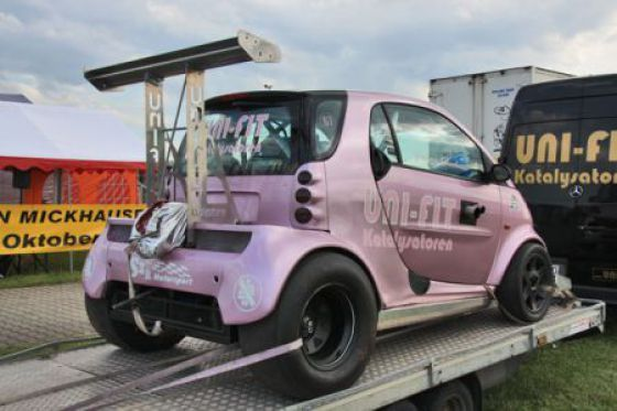 Strange Racers Pink Smart Car Dragster With Air Foil And Drag Chute Why Smart Car Dragsters Smart Fortwo