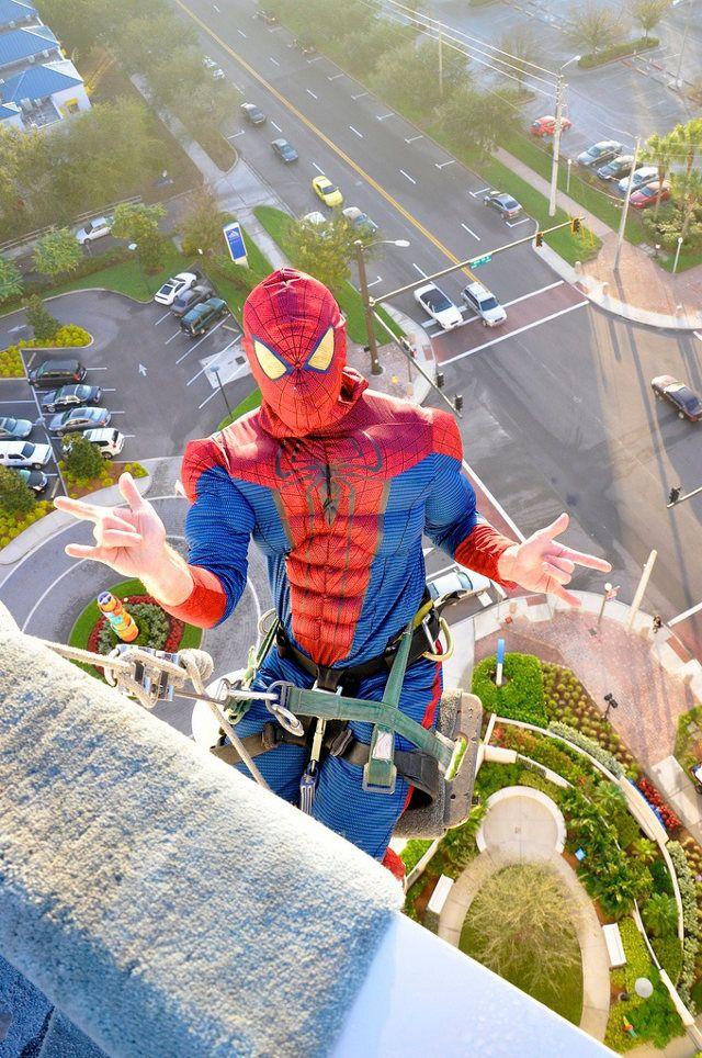 Window Cleaners At A Childrens Hospital | Window washer, Spiderman, Childrens  hospital
