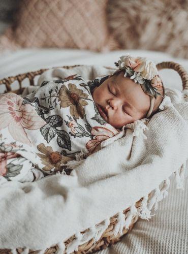 Newborn family photography.