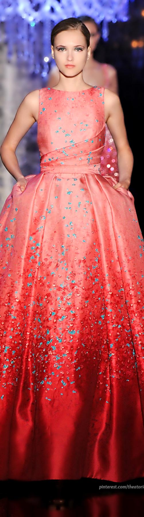 Elie Saab ● Haute Couture FW 2014-2015 #sweet #romance