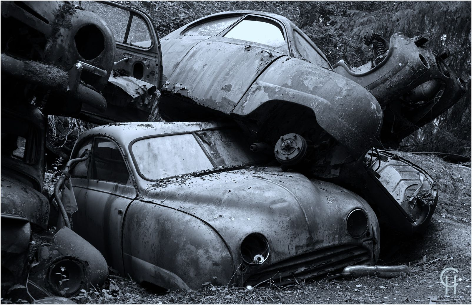 Bastnas Bastnas Ivansson Autofriedhof Schrottplatz Junk Yard Scrapyard Vintage Car Saab 92 93 95 96 Mystic Magical Places Magische Orte Oldtimer Autos Friedhof