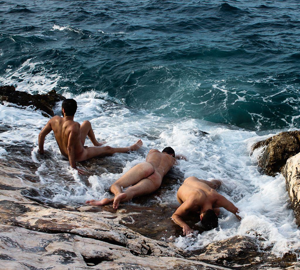 Τα εκστατικά γυμνά πορτρέτα του Ηλία Δούλη (NSFW)  596c22ad4ea