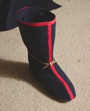 Cosplay Boot Tutorial - this one uses old slippers 44c55f6b8a