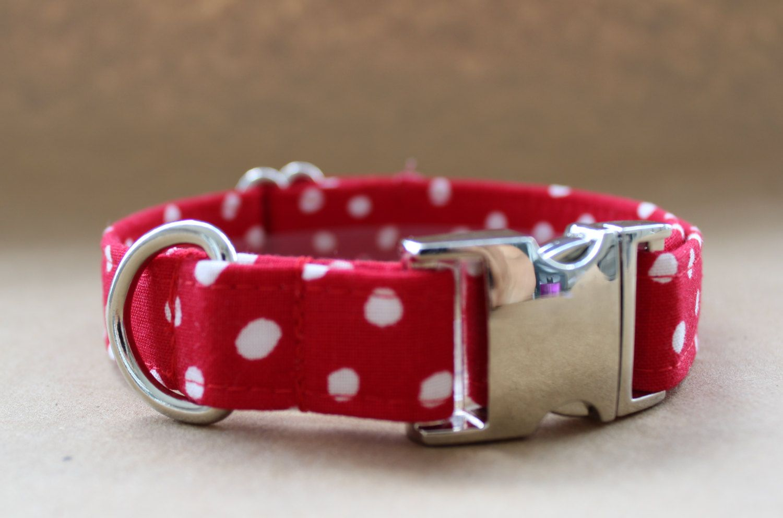 Red and White Polka Dot Dog Collar von PrepsterAndPup auf Etsy