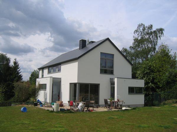 www.architecture-bois.be : Maison basse énergie massive avec enduit ...