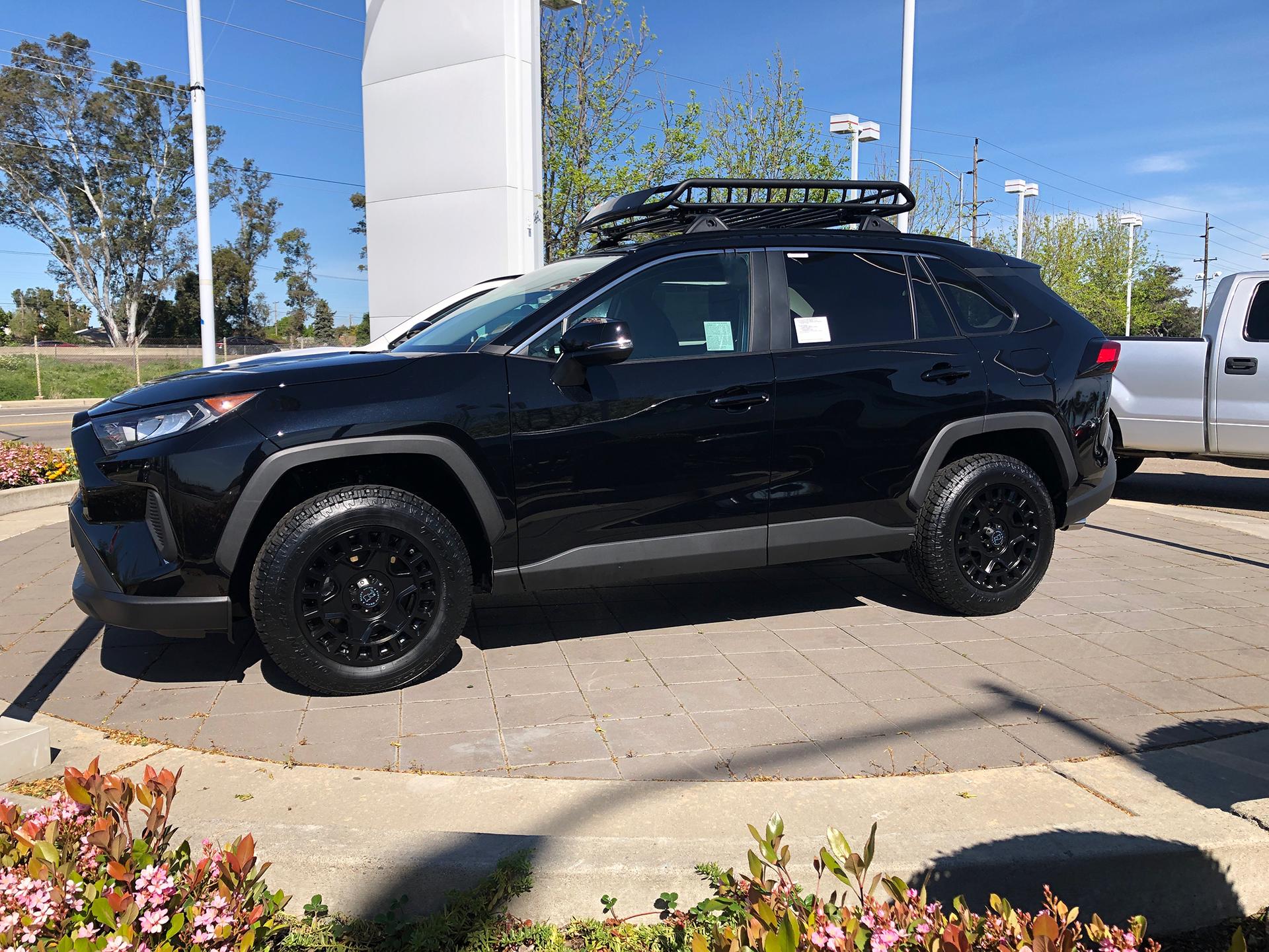 2019 Toyota Rav4 With 17 Black Rhino York 2019 Cvdauto Toyota