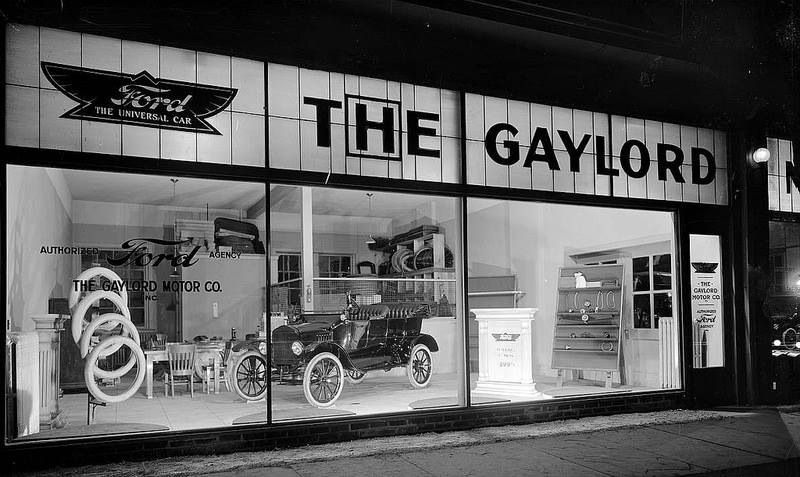 ford auto dealership the gaylord old car and tractor dealerships pinterest ford and cars. Black Bedroom Furniture Sets. Home Design Ideas