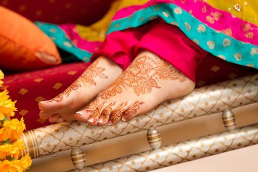 Bridal Mehndi Rates In Karachi : Pin by myfriendali on wedding dress ideas mehndi