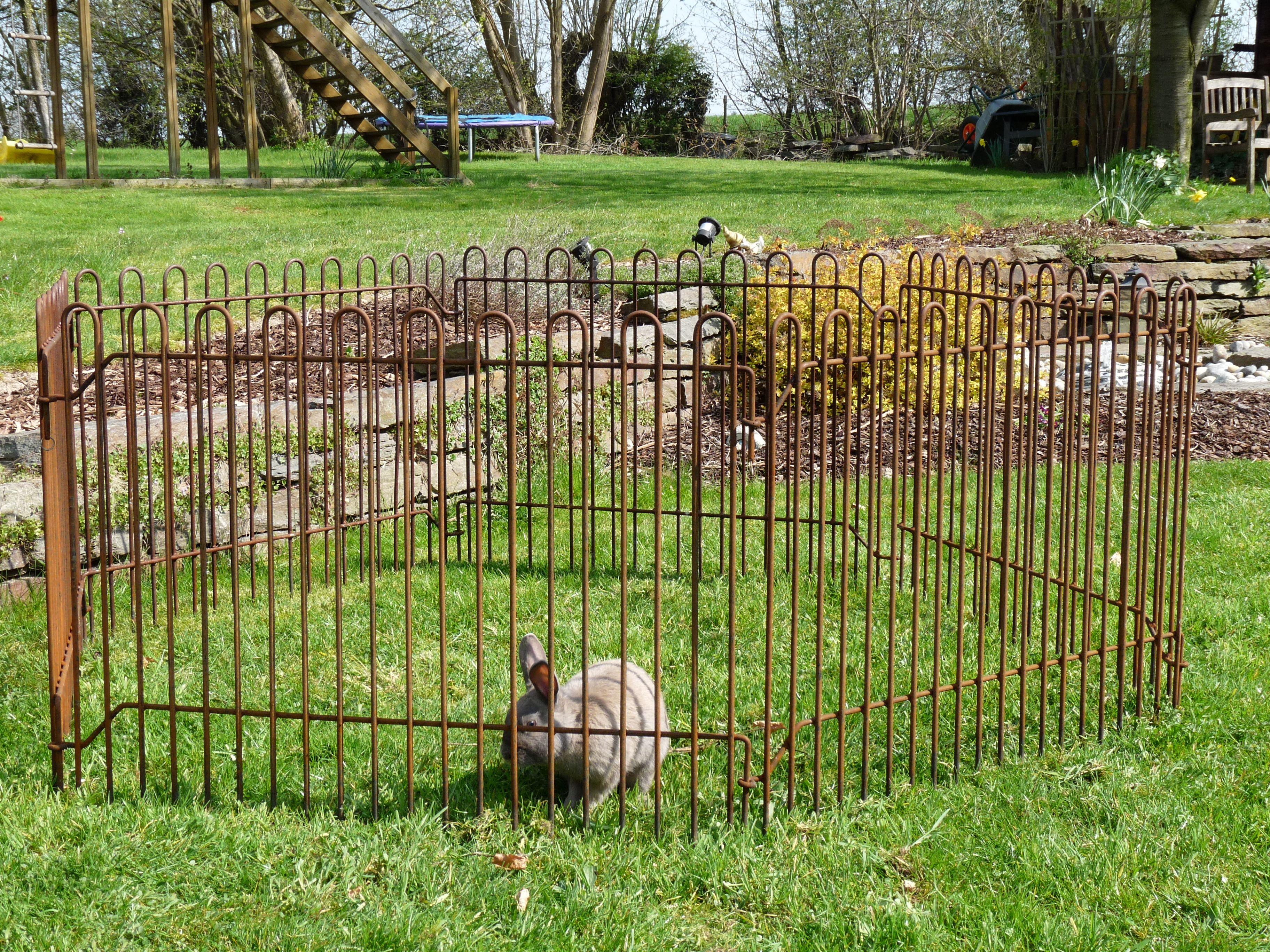 hasenzaun gehege f r kaninchen rabbit 74 roh mobile gitter rabbit pinterest rabbit. Black Bedroom Furniture Sets. Home Design Ideas