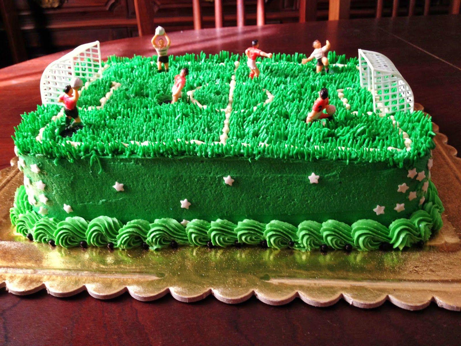 Super Soccer Field Cake Football Birthday Cake Birthday Cake Soccer Funny Birthday Cards Online Aboleapandamsfinfo