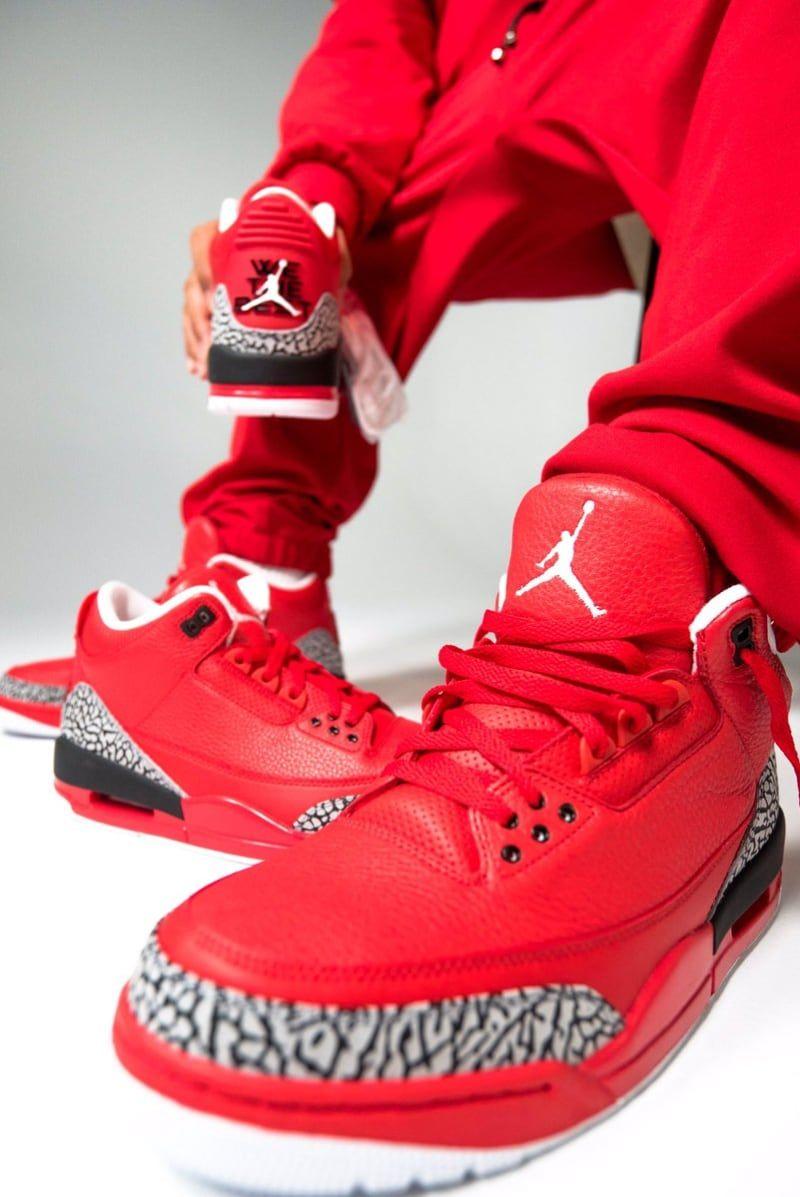 Air Jordan 4 Iv Tout Le Sang De Yeezy Rouge Sur Les Feuilles De Chanson Originale