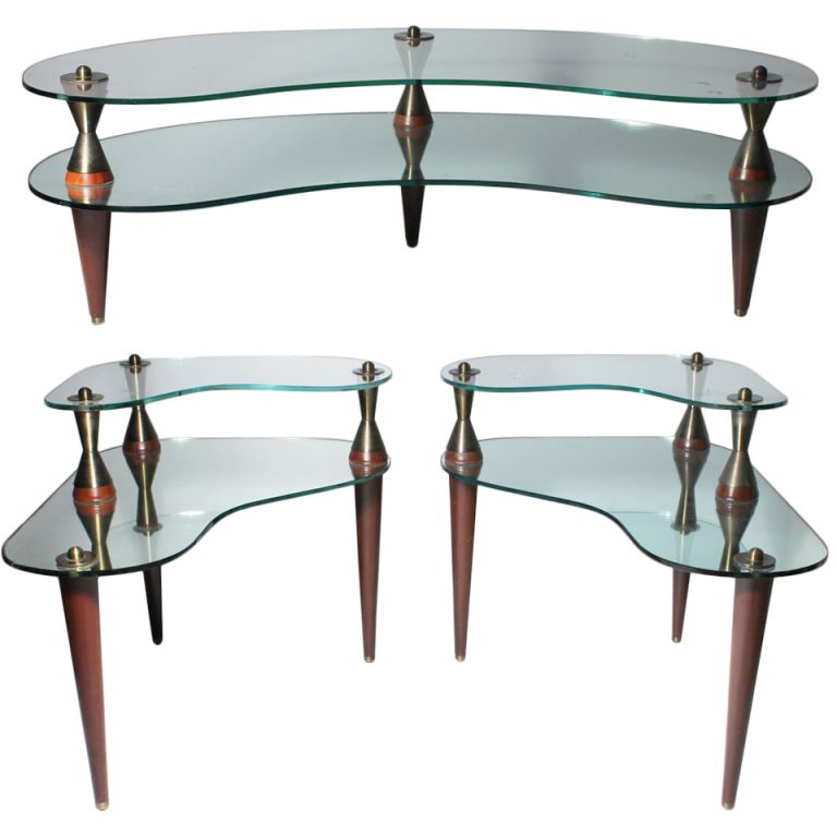 1stdibs Com Italian Atomic Kidney Shaped Mirror Glass Coffee End Tables Suite Coffee And End Tables End Tables Glass Mirror