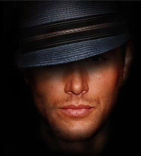 Jensen Ackles - THAT MOUTH  THOSE LIPS