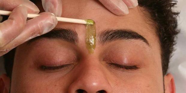 Facial wax men