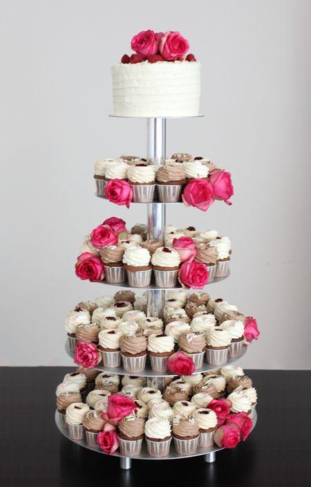 Cupcake Hochzeitstorte Mit Rosen In Pink Home Stuff Pinterest
