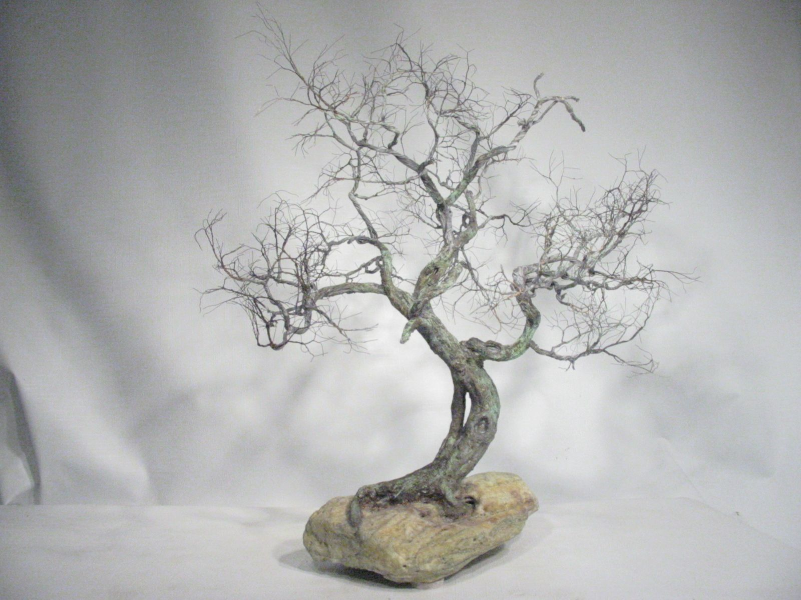 Copper wire tree - Bonsai style - Natural rock - recycled material ...