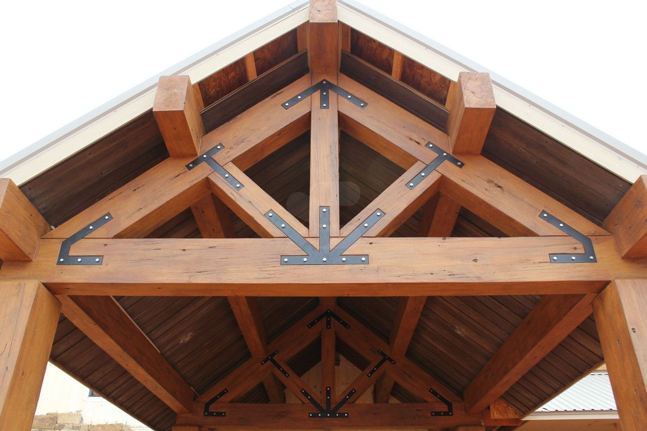 Timber Trusses Make From Concrete For Exterior Residential