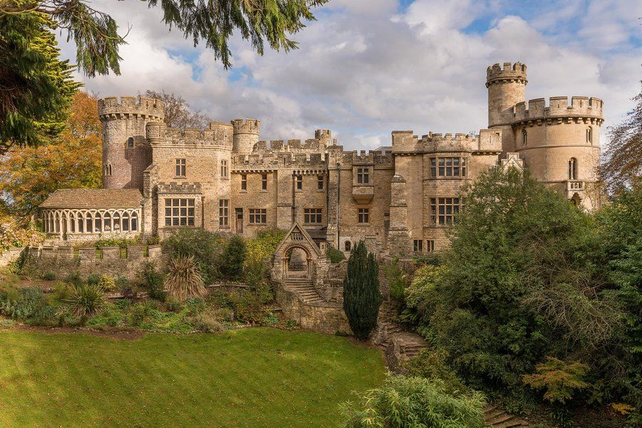 Kings And Notable Figures Stayed Here Between The 12th And 17th