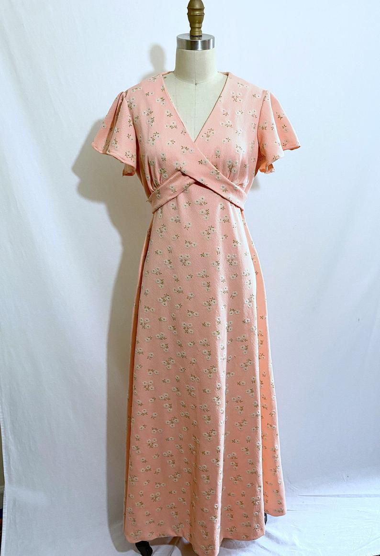 Togayther Mini Floral Dress 1970s Dress Vintage Wrap Dress Etsy Vintage Tea Dress 1940s Tea Dress 1970s Dresses [ 1163 x 794 Pixel ]