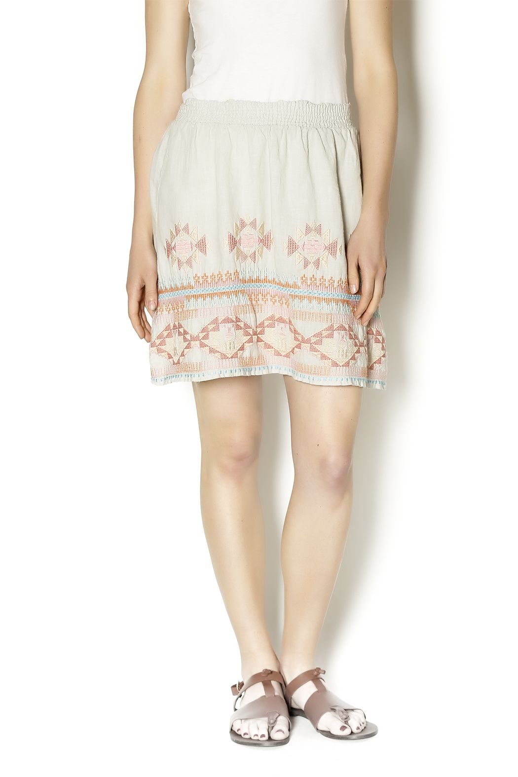 Cute linen skirt with geometric embroidery. Comfy and perfect paired with a fitted tee.