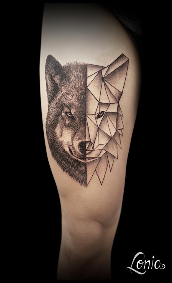 Tatouage Lonia Tattoo Troyes Cuisse Loup Realisme Geometrique