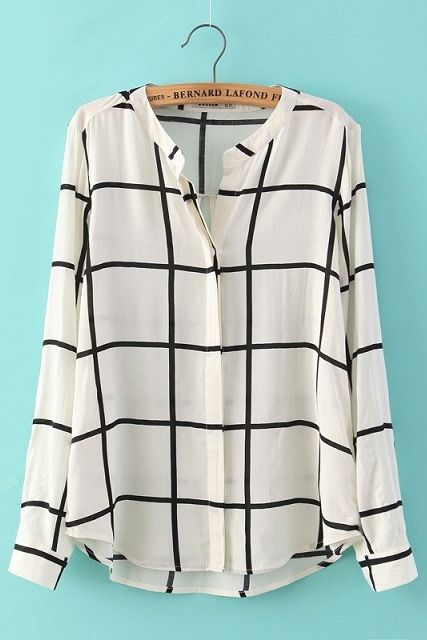 Obsessed with this blouse! So chic.