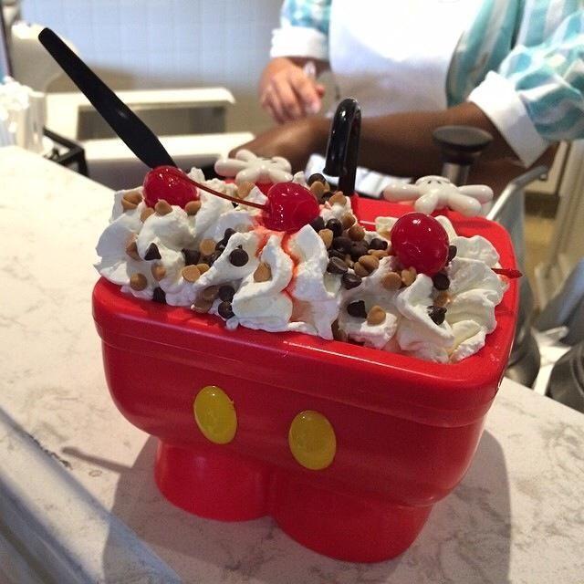 Mickey S Kitchen Sink Magic Kingdom Disney Desserts Disneyland Food Disney Snacks