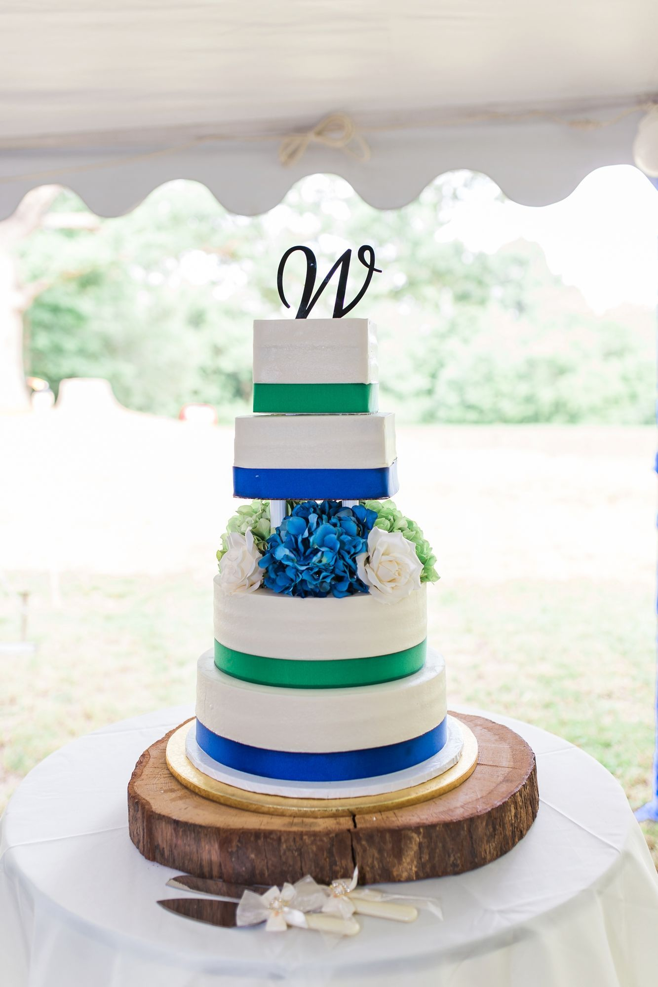 Blue, Green and White Wedding Cake | Wedding cake | Pinterest ...