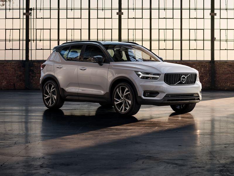 2020 Xc40 Compact Crossover Suv Volvo Car Usa Volvo Cars Usa Volvo Cars