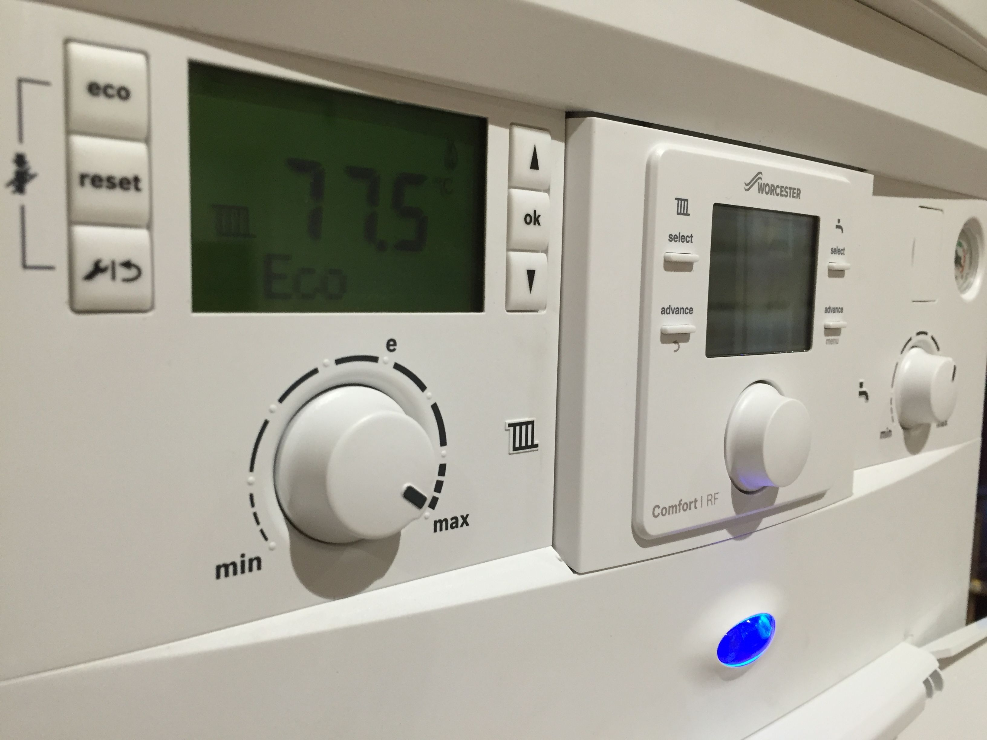 Worcester Bosch 28 Cdi compact control panel. 10 year guarantee\'s ...