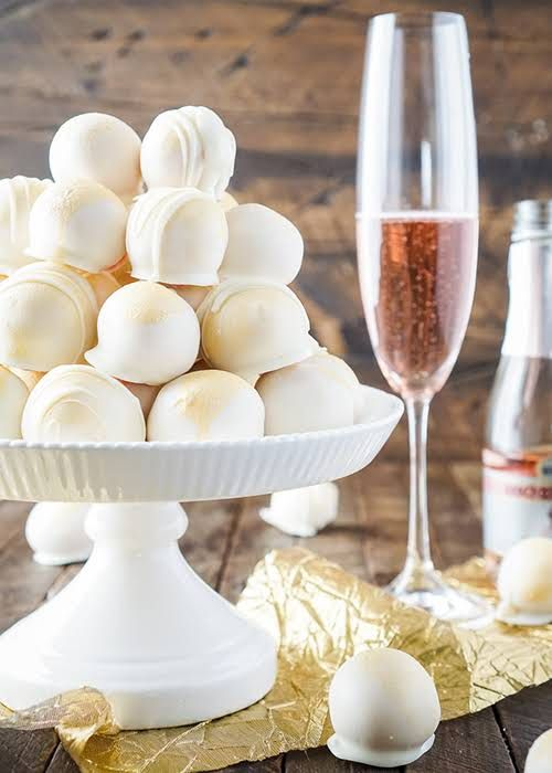 4c66bd22b34b 10 Bridal Shower Dessert Ideas Guests Will Go Crazy For