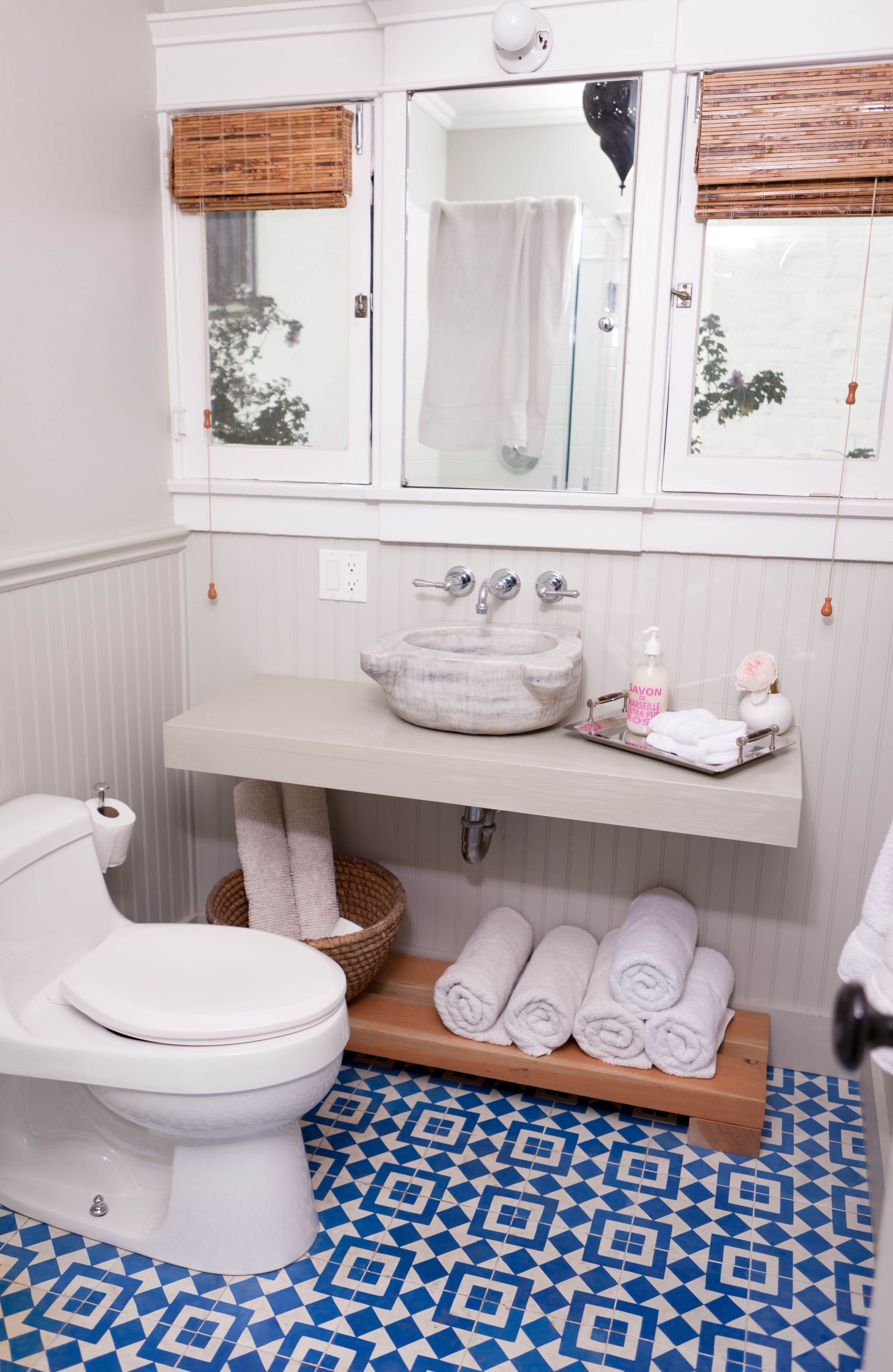 Best 25+ Diy bathroom reno ideas on Pinterest | Small ...