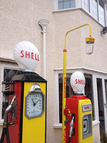 Old Garage Forecourt Vintage Gas Pumps Old Gas Pumps Shell Gas Station