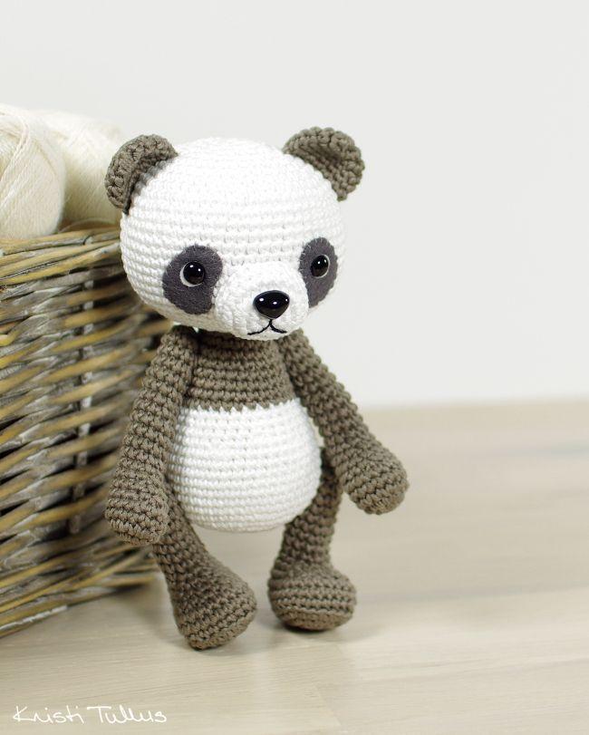 Amigurumi panda bear pattern // Kristi Tullus (spire.ee)