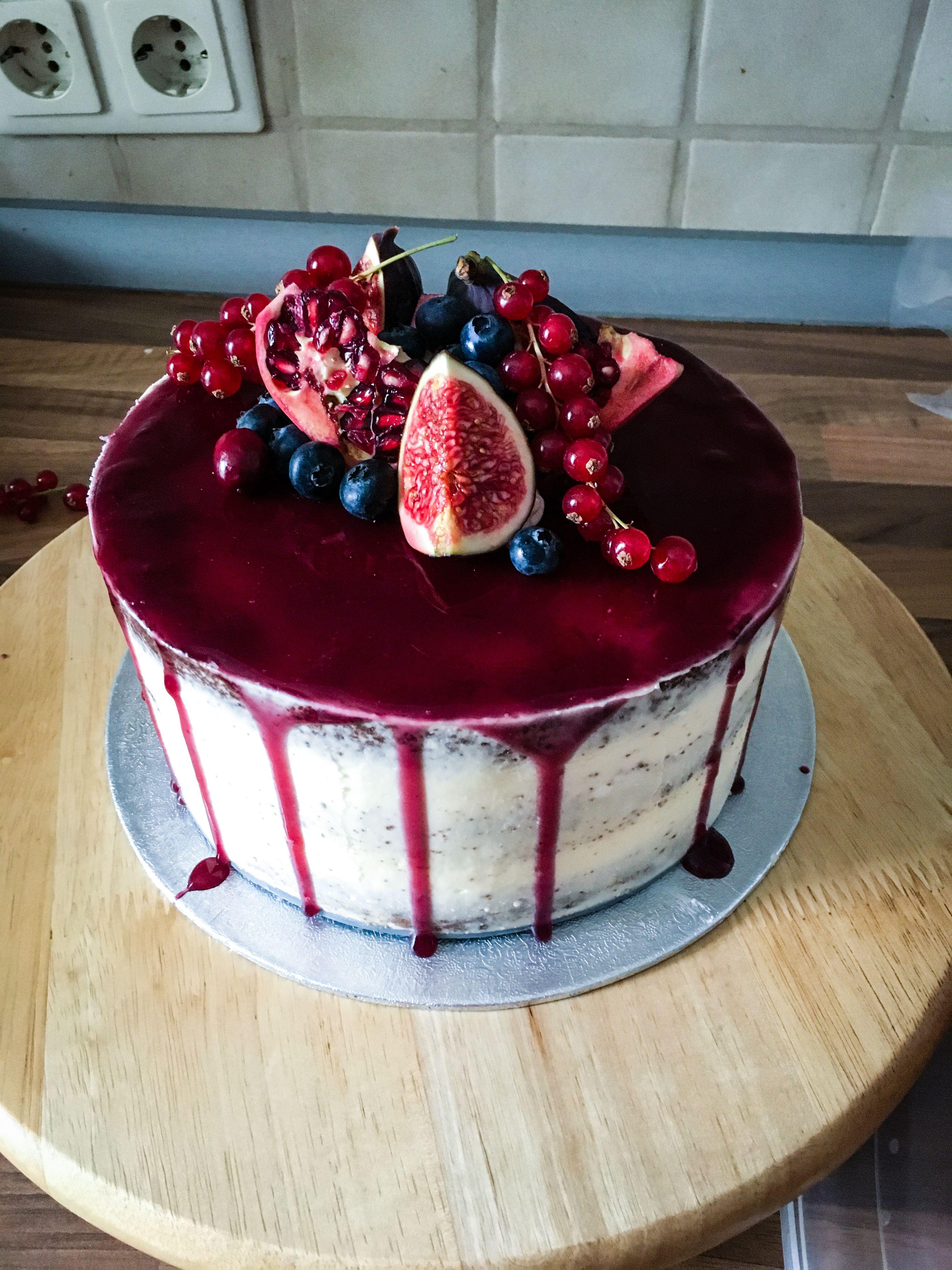 Photo of Semi-Naked Cake mit Frischkäsefrosting und Blaubeerfüllung -…