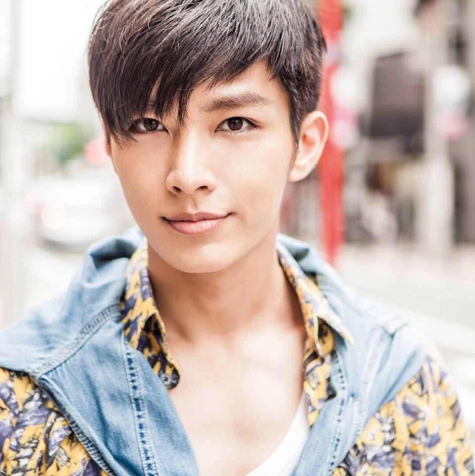 台湾 俳優 アーロン