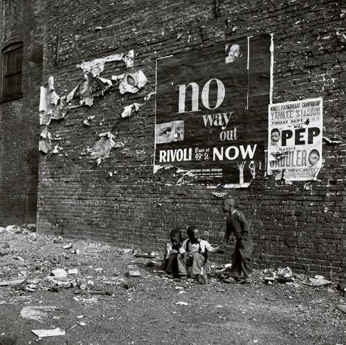 """No Way Out"", New York City, 1948, Bedrich Grunzweig."