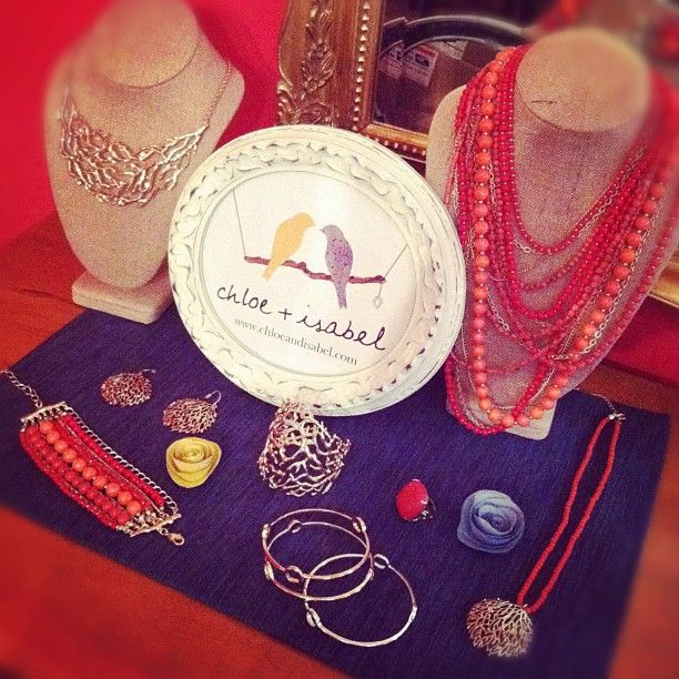 Color me coral!  #jewelry  http://valeriesoule.chloeandisabel.com