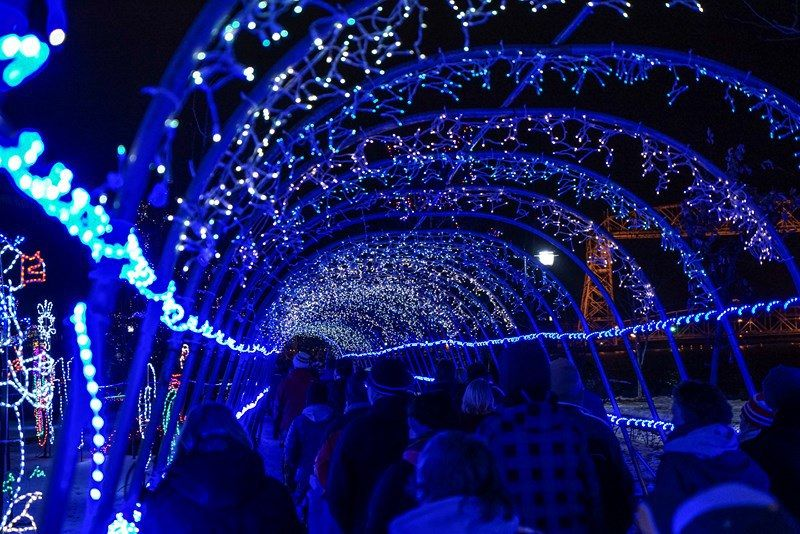The Twin Cities Is Jam Packed This Year With Holiday Light