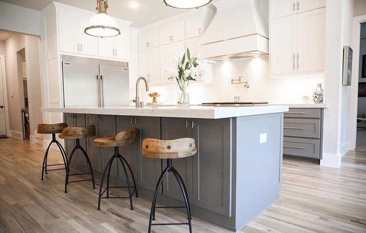 Kitchen Layout but smaller refrigerator | Small Kitchen Layout ...
