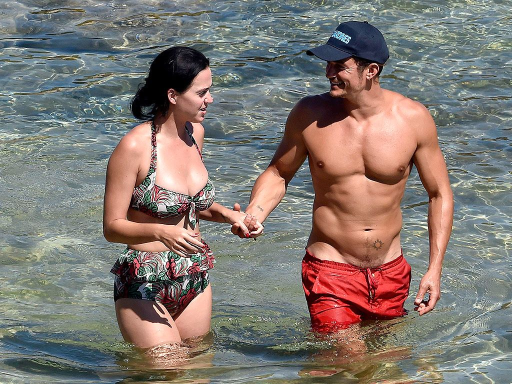 Cleavage Katy Perry and Orlando Bloom