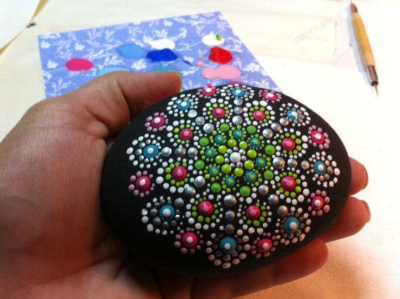 Mandala Stone par PierreduCoeur sur Etsy